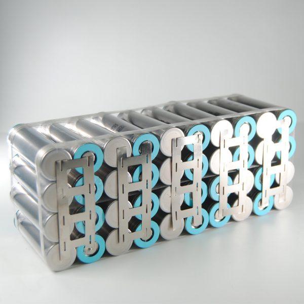 10S4P DRITTE SAMSUNG 21700 50 E G 21,5 X 8,5 X 7 CM