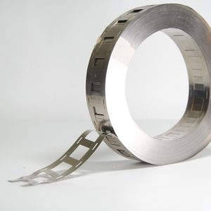 Striscia nichel per saldatura batteria 18650 con distanziali  – 27 X 0,12 mm al metro